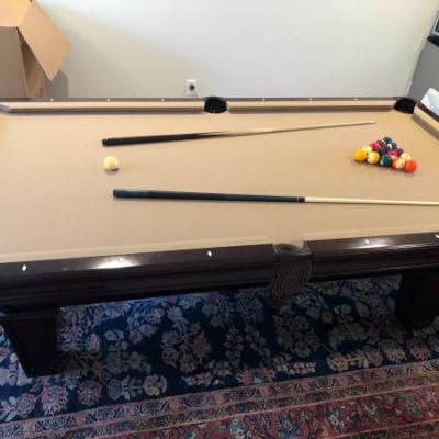 Brunswick Brookstone II Cherry Pool Table