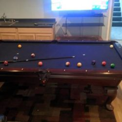 Beautiful Eight foot Olhausen Pool Table